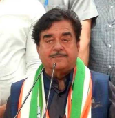 "Shatrughan Sinha ""Would Love To Interview"" PM Modi But…"